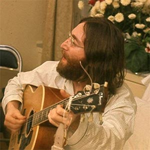 John Lennon (Wikipedia)